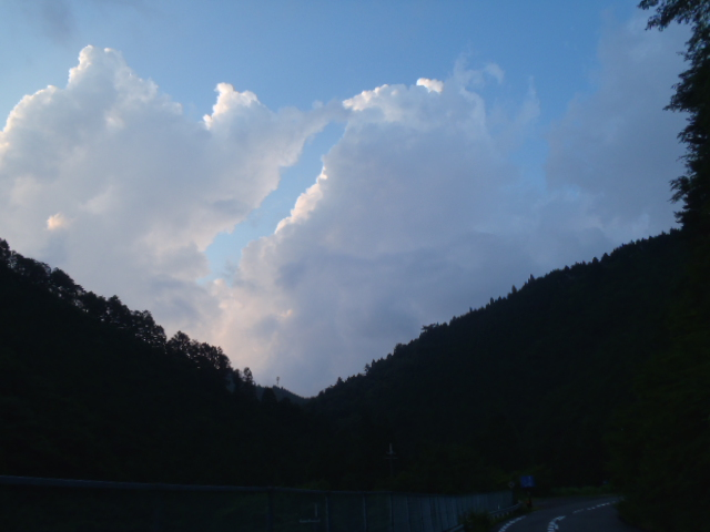 2012_0722_183047-P7222565.jpg