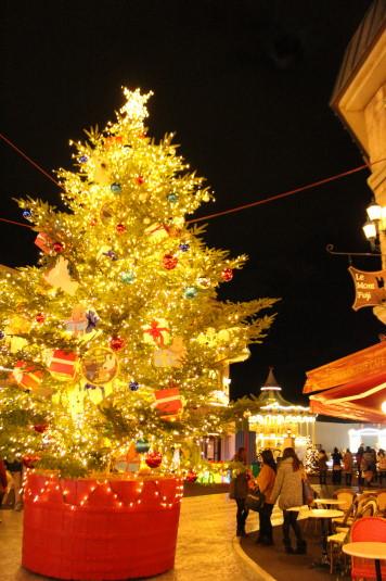イルミ 富士急ハイランド クリスマスツリー