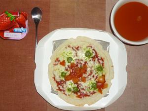 ピッツァマルゲリータ,野菜スープ,ヨーグルト