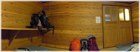 山荘の部屋