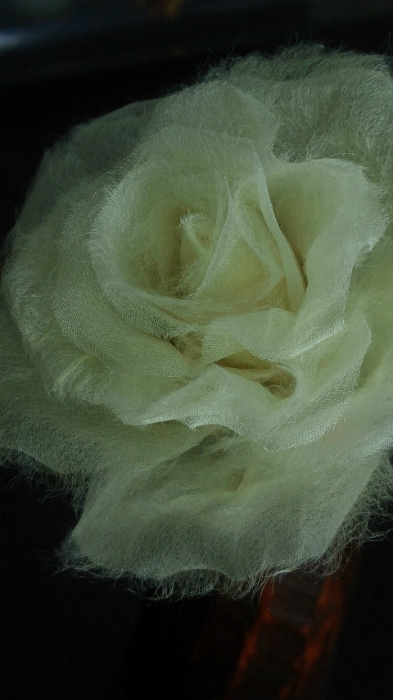 ブログ和紙の薔薇アップ