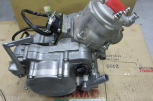 YZエンジン 011