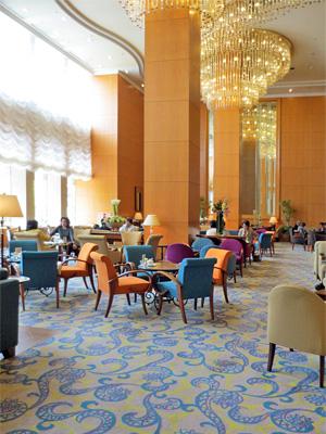横浜ベイシェラトン ホテル&タワーズ ロビーラウンジ「シーウインド」