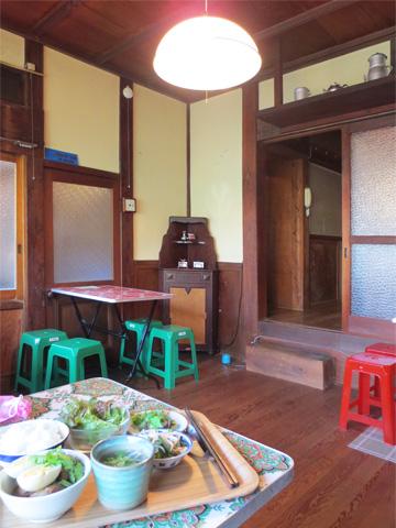 鎌倉・由比ヶ浜 越南食卓(えつなんたーぶる)