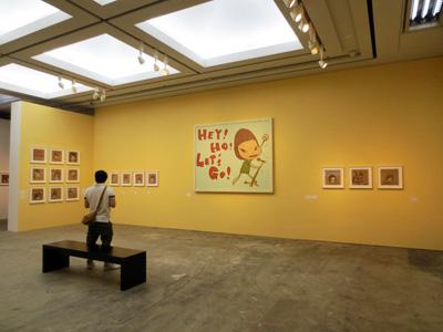 奈良美智:「君や 僕に ちょっと似ている」 横浜美術館