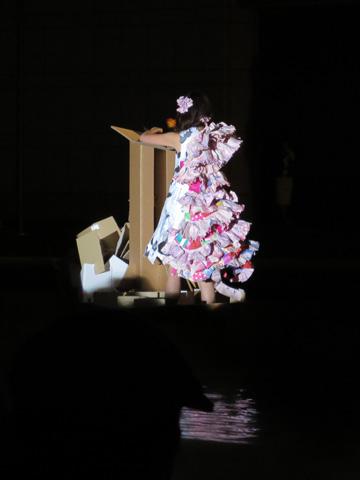 ヨコハマトリエンナーレ2014 閉幕