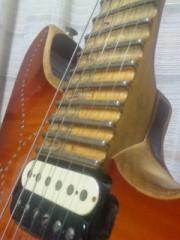 ネックエンドを切ったエレキギター
