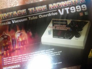 VT999の箱