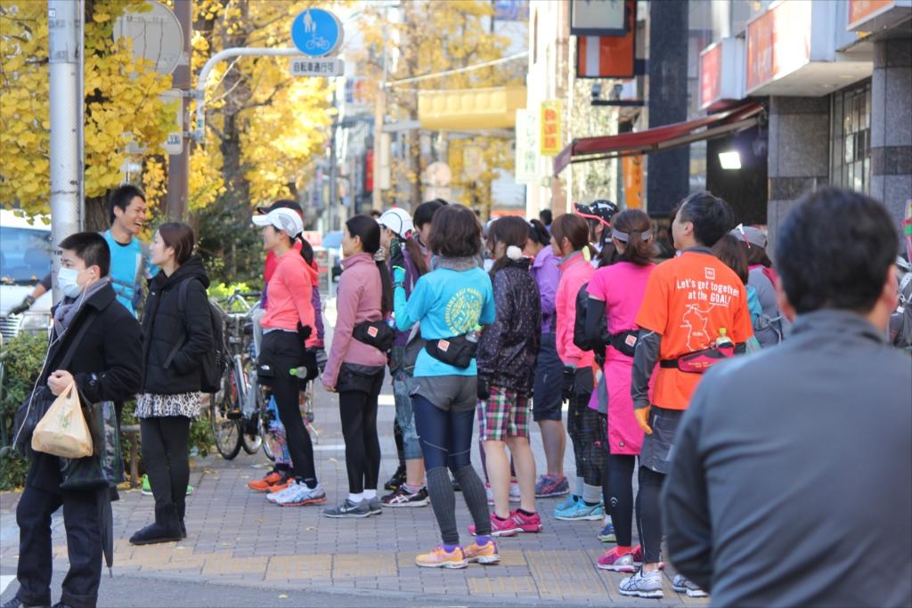 元気なジョギング集団_4