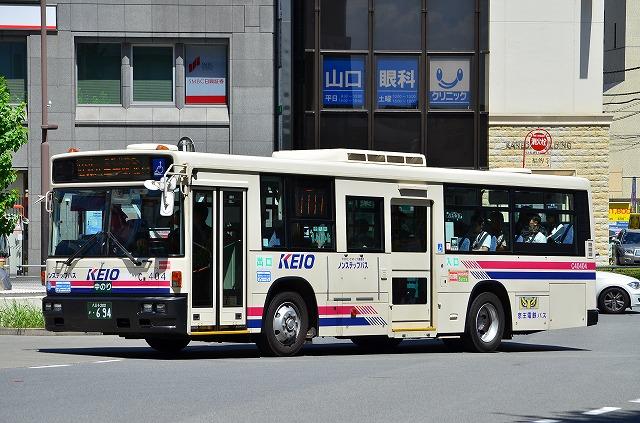 DPD自動再生中 京王電鉄バス C40404