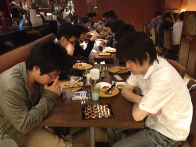 20130512店内チェス
