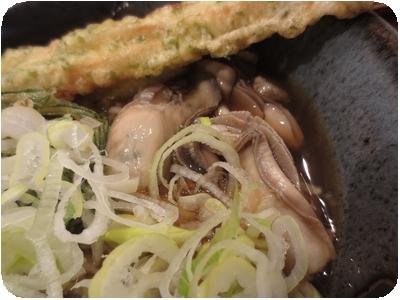 牡蠣と丘ひじき天そば+ちくわ天