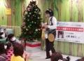 手作り楽器でクリスマス楽団