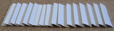 リース型紙マラカス 作り方3