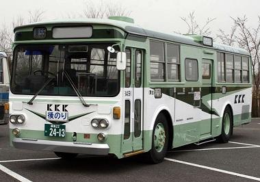 いすゞBU04