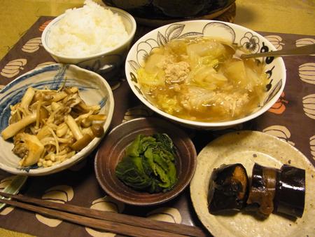 5肉団子のスープ・いろいろきのこのバター炒め定食