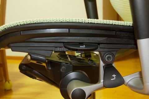 オカムラ バロンチェア 修理 2