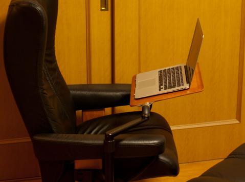 ストレスレス エコーネス コンピューターテーブル