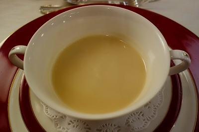 トワイライトエクスプレス フランス料理 スープ