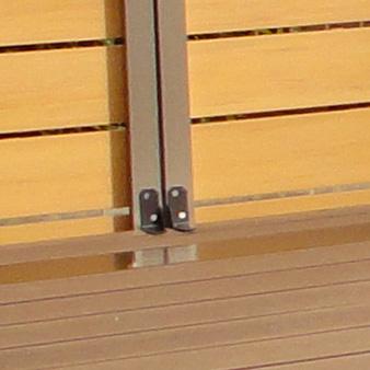 柱角固定金具1