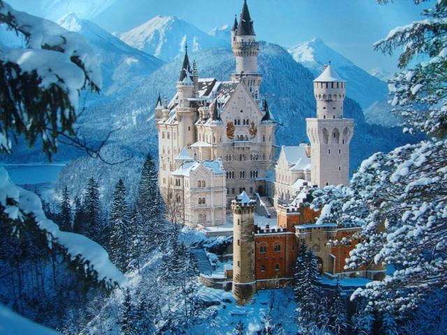 th_neuschwanstein-castle.jpg