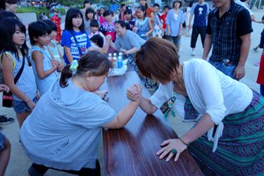 夏祭り会 アームレスリング