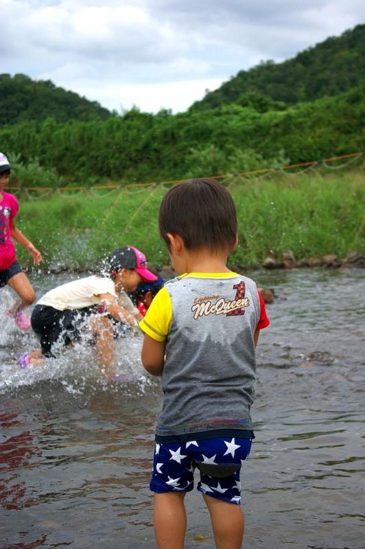 夏の終わり 水遊び