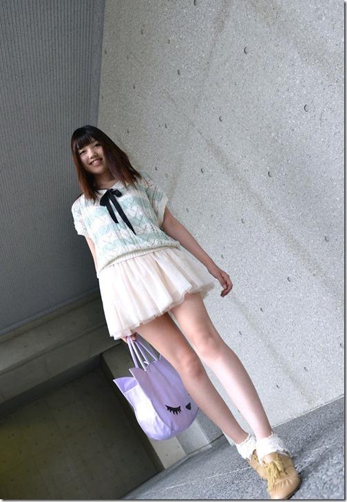 【ミニスカ絶対領域エロ画像】パンツが見えてなくても抜けそうなミニスカートのお姉さん画像(50枚)16-s