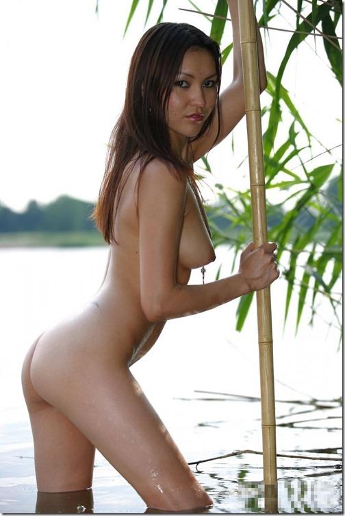 29【世界の快道でイク!;モンゴル国(Mongolia)編】緑の草原を渡る風の様なキミに。Annie Ling09