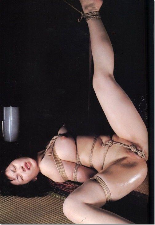 15【SM緊縛画像】夫に内緒の妻の秘めごと夜は貞淑な妻。昼は御主人様のM奴隷