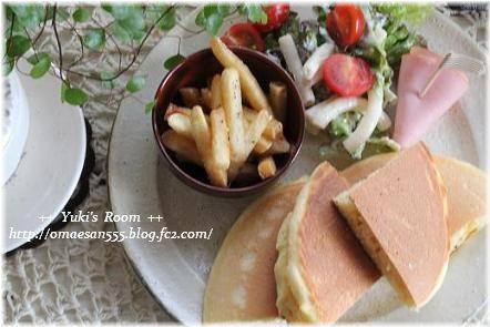 ++ Yuki's Room ++ お家でカフェ気分♪ホットケーキランチ。