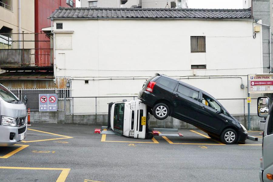 駐車場事故