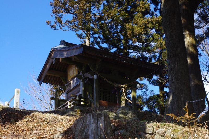 頂上の神社