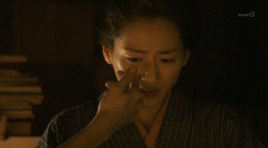 八重1222 涙を拭おうとする庄之助だが・・・